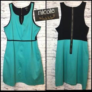Nicole by Nicole Miller Size L